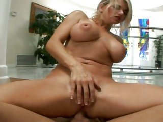 Raunchy Vicky Vette gets a face full off warm spunk