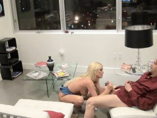 Nasty Tasha Reign gets her piss flaps licked clean