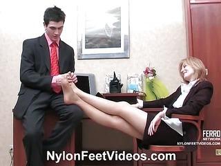 Isabella&Vitas stunning nylon feet movie