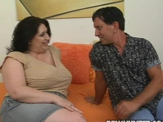 Guy fingers and bonks mouth-watering vagina of one nasty bulky woman